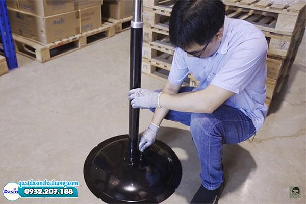 Cấu tạo chân quạt KSM- 3076 chắc chắn