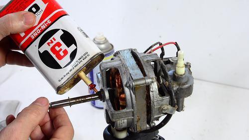 Tự sửa quạt bằng tra dầu động cơ